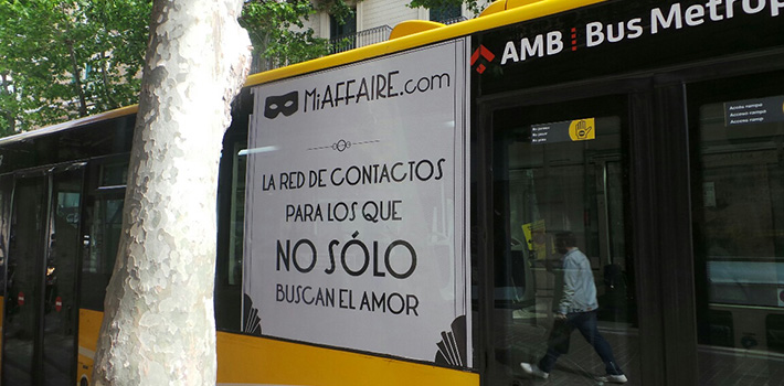 autobus lateral derecho